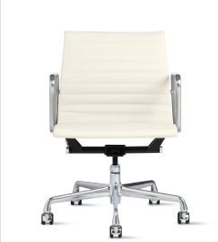 EAMES® ALUMINUM MANAGEMENT CHAIR | IN STOCK