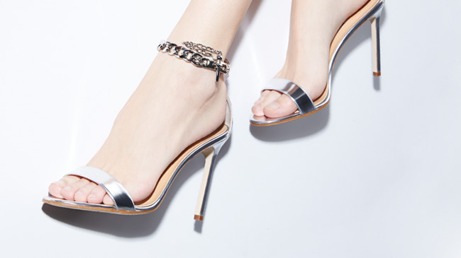 Manolo Blahnik Chaos + more  Resort