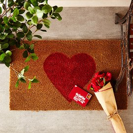 Valentine's Day: Outdoor Décor