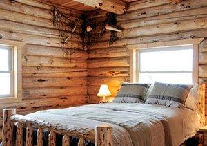 Winter Woods: Rustic Furniture & Décor