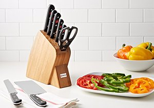 Under $200: Cookware Sets