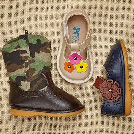 Happy Squeaks: Kids' Shoes