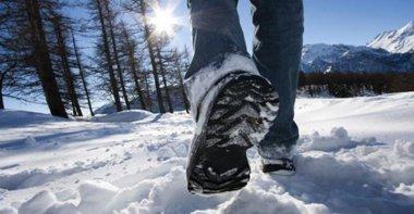 Snow Hike_NL
