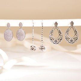 Season for Silver: Women's Jewelry