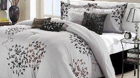 Fashion Comforter Sets