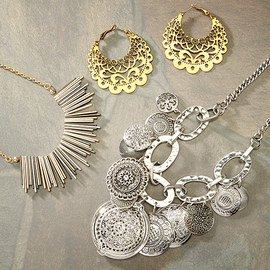 Mixed Metals: Women's Jewelry