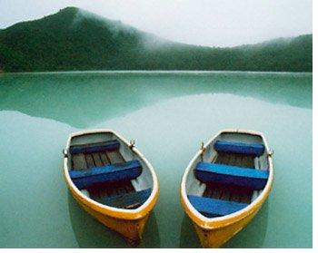 Boats, Honshu, Japan By: Michael Yamashita