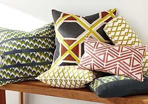 Decorating 101: The Perfect Pillow