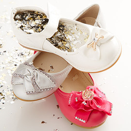 Fashionable Footprints: Girls' Flats