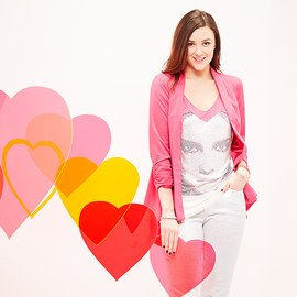 Valentine's Day: Women's Apparel