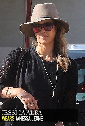 Jessica Alba in Janessa Leone