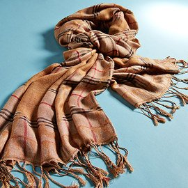 Wrap Around: Fashion Scarves