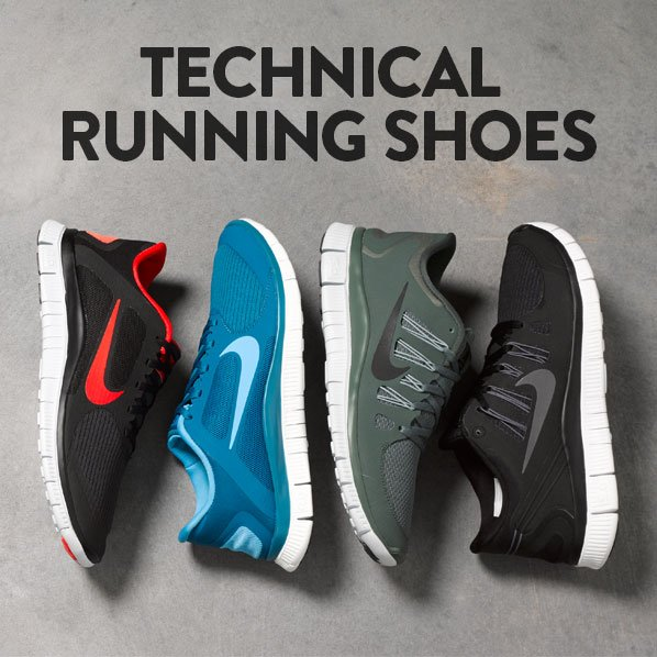TECHNICAL RUNNING SHOES