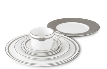 Vera Wang Infinity china pattern