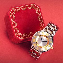 Cartier ft. Love Collection