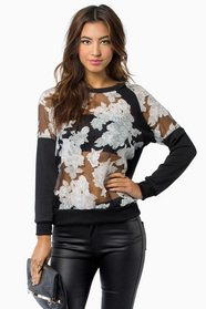 Avery Floral Top 25