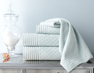 Bath Towels by Espalma