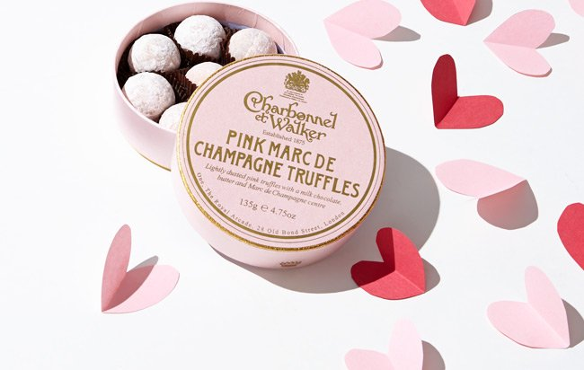 Valentine's Day: Free Chocolate + Gift Packaging
