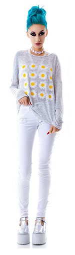 moon-collection-ring-around-daisy-top
