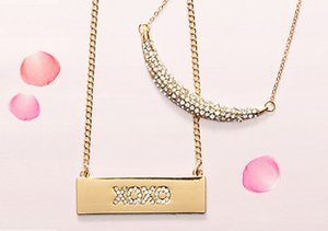 Gifts to Love: Delicate Jewelry