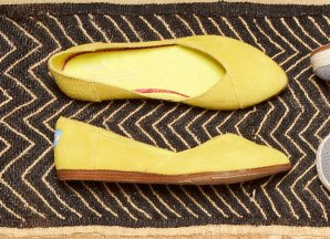 Blazing Yellow Women's Jutti Flats