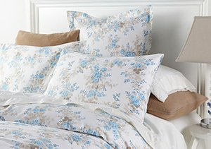 Refreshing Florals: Bedding