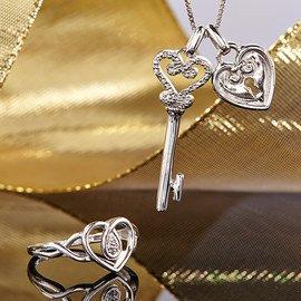 Heart of the Matter: Women's Jewelry