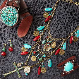 Santa Fe Style: Jewelry & Accessories