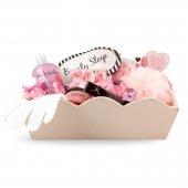 13-Piece Pamper me Women's Gift Basket