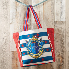 Nod to Nautical: Accessories