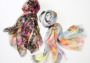 Printed Scarves feat. Saachi
