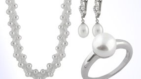 Hollywood Inspired Pearls