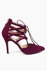 Glance Down Heels 46