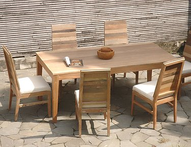Jeffan Naturally Fashionable Furniture