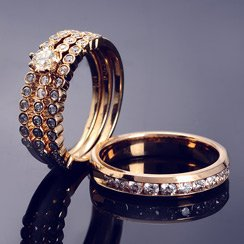 Sparkle on Your Big Day: Wedding Rings & Jewelry