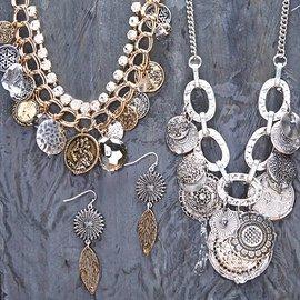 Antique Look: Women's Jewelry
