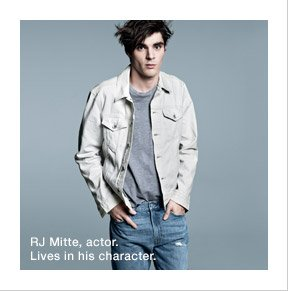RJ Mitte, actor. Lives in his character.