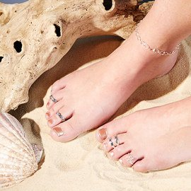 Shine in Style: Anklets & Toe Rings