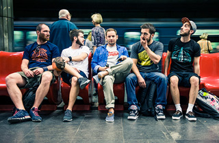 Commuters Puting