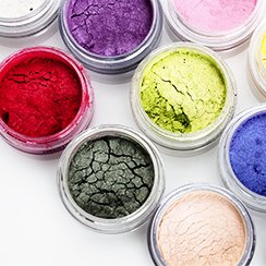 100% Pure Mineral Makeup Featuring Pure Colors & Colorevolution