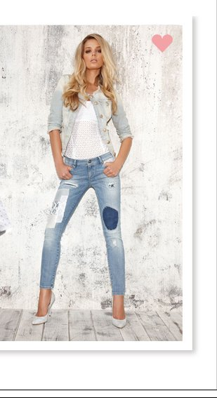 PATCHED DENIM AND WHITE CORSET