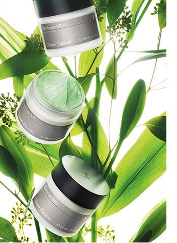 SKIN GETS ITS GREENS. YOU GET INSTANT RADIANCE Phytonutrient anti-aging mask enhances radiance, softens, and smooths Potent and sensorial: skin-healing microcapsules release chlorophyll on contact New. Exclusive. Perricone MD Chloro Plasma, $75 each SHOP NOW