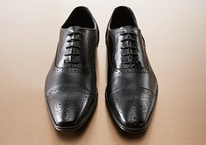 Leather & Laces: Lace-Up Shoes