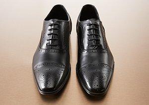 Leather & Laces: Lace-Up Shoes