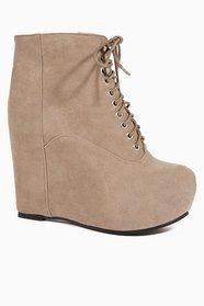 Wonderworld Boots $67