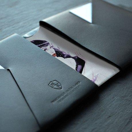 Glance Stays by Nathalie Rattner // Black Leather