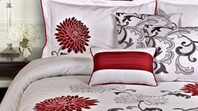 Moulin Rouge Bedding Collection