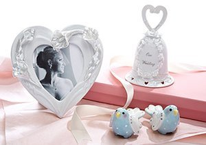The Wedding Registry: Delicate Gifts