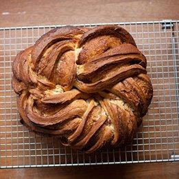 Kringel Bread