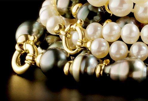 Shopping in Monaco: Pearl Jewelry